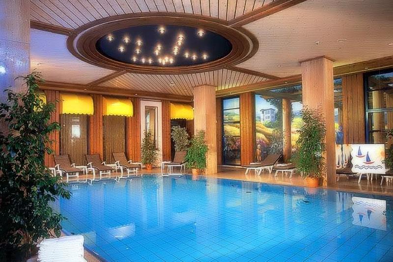 HobbitCon | Hotel Maritim Bonn - Pool